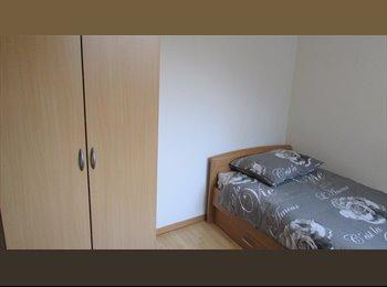 Appartager BE - Kot meublé pour étudiant à 500 mètres IPKN, Charleroi - 350 € pm