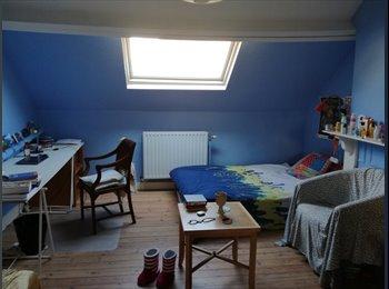 Appartager BE - Charmante chambre à louer Saint Gilles, Saint Gilles Sint Gillis - 310 € pm