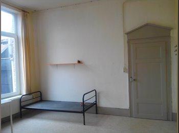 Appartager BE - Agréable Kot au centre ville - Quartier historique, Mons - 295 € pm