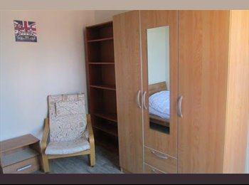 Appartager BE - Chambre meublée proche Samaritaine, Helha, Condorcet, Charleroi - 340 € pm