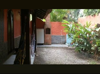EasyQuarto BR - Alugo Quitinetes, Niterói - R$ 600 Por mês