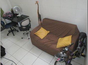 EasyQuarto BR - Um lugar para chamar. de lar; A place to call home, Copacabana - R$ 1.050 Por mês