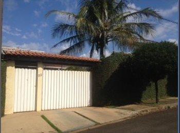 EasyQuarto BR - Pousada Vale do Rubi, Londrina - R$ 600 Por mês