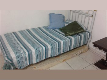 EasyQuarto BR - Alugo quartos solteiros  , Maringá - R$ 650 Por mês