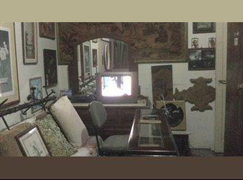 EasyQuarto BR - quarto ind sem visitas ambiente familiar , Niterói - R$ 1.000 Por mês