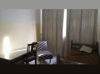EasyQuarto BR - fran´s House, Londrina - R$ 350 Por mês