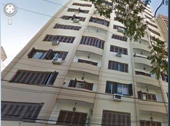 EasyQuarto BR - Lindo Apartamento na Cidade Baixa, Porto Alegre - R$ 1.500 Por mês