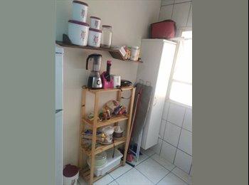 EasyQuarto BR - Vaga femina, Uberlândia - R$ 600 Por mês