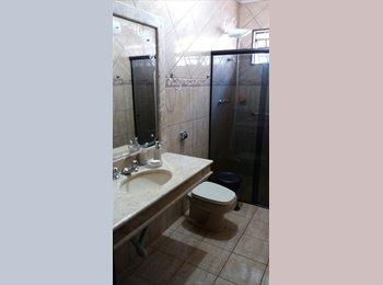 EasyQuarto BR - Alugo quartos para Moças, individuais., Maringá - R$ 800 Por mês