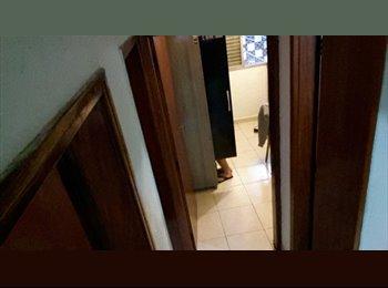 EasyQuarto BR - Vaga para dividir quarto na Fradique Coutinho (Pinheiros), Pinheiros - R$ 900 Por mês