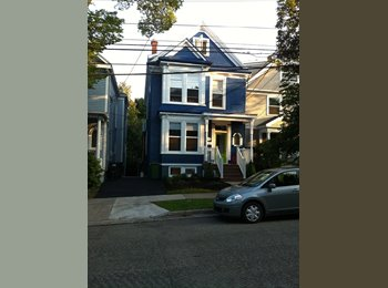 EasyRoommate CA - June 1/17 sublet  Available on DAL Campus-South End!, Halifax - $740 pcm