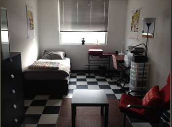 EasyRoommate CA - SUMMER RENTAL Large central 1 bedroom - All included, Toronto - $850 pcm