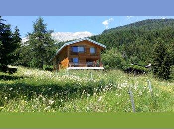 EasyWG CH - Chambre à louer dans chalet contemporain-site exceptionnel, Sion - 690 CHF / Mois