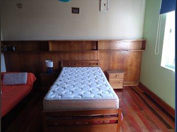 CompartoDepto CL - Habitación amplia,amueblada. Depto Santiago centro, Santiago - CH$ 200.000 por mes