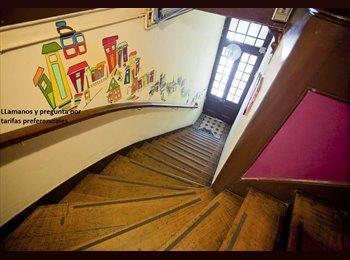 CompartoDepto CL - arriendo de habitacion en av. francia a una cuadra de metro, Valparaíso - CH$ 200.000 por mes
