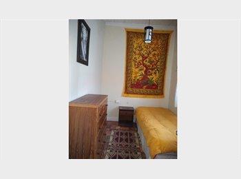 CompartoDepto CL - Habitacion grande en casa de familia, Estacion Central - CH$ 160.000 por mes