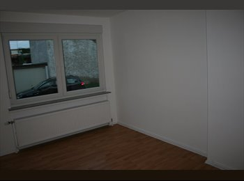 EasyWG DE - Zimmer in 4er WG - 19 qm - CAMPUS RIEDBERG 10-15 Min., Frankfurt - 395 € pm