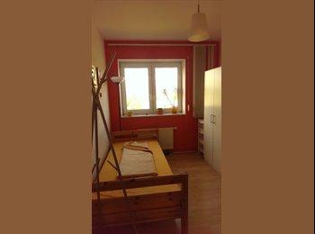 EasyWG DE - Sonniges Zimmer in Frankfurt , Frankfurt - 480 € pm