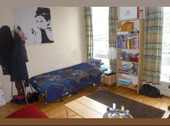 EasyKot EK - Erasmus House for International Students, Kortrijk-Courtrai - € 295 p.m.