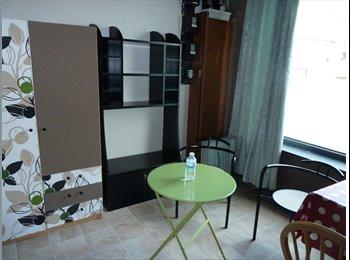 EasyKot EK - Kamer met groot venster en mooi zicht op UGent, Gent-Gand - € 370 p.m.