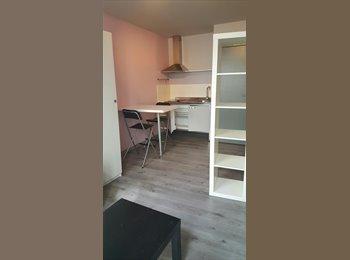 EasyKot EK - BRUGGE Centrum: gemeubelde studentenstudio, Brugge-Bruges - € 340 p.m.