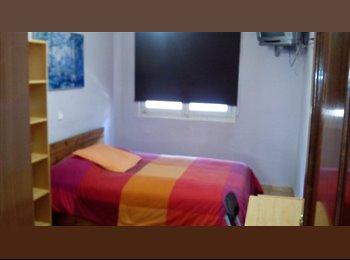 EasyPiso ES - Alquiler habitación doble, Carabanchel - 325 € por mes