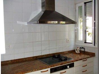 EasyPiso ES - Alquiler de habitación en piso compartido, Puente De Vallecas - 350 € por mes
