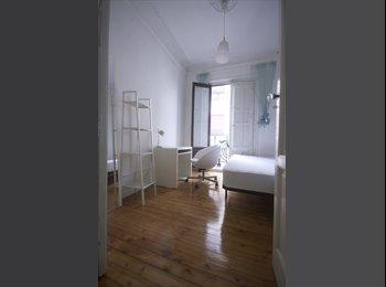EasyPiso ES - Habitación en SOL, amplia y luminosa con balcón, Madrid - 425 € por mes