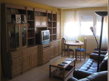 EasyPiso ES - 299 euros Room to rent in Madrid, near Center,wifi, Latina - 299 € por mes