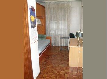 EasyPiso ES - Se alquilan habitaciones con llave., Vitoria-gasteiz - 250 € por mes