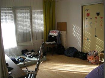 EasyPiso ES - alquiler habitaciones para estudiantes o trabajadores, Lleida - 135 € por mes