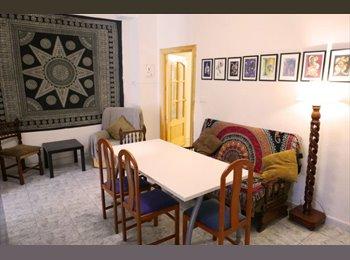 EasyPiso ES - Habitación en el centro de Granada, Granada - 270 € por mes