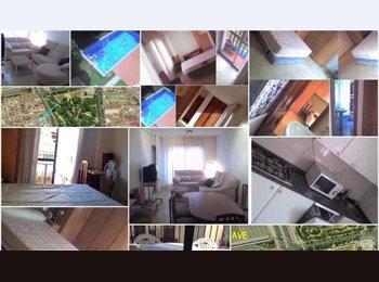 EasyPiso ES - Habitación a 3 minutos del AVE, en el centro para chicas profesoras o estudiantes., Córdoba - 200 € por mes