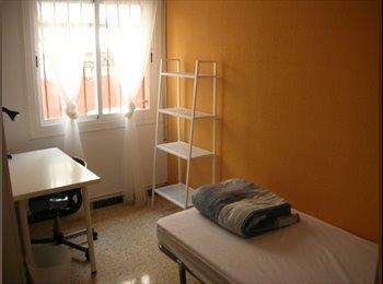 EasyPiso ES - Habitacion a 10 minutos UAB. Ideal estudiantes. Wi, Cerdanyola Del Vallès - 275 € por mes