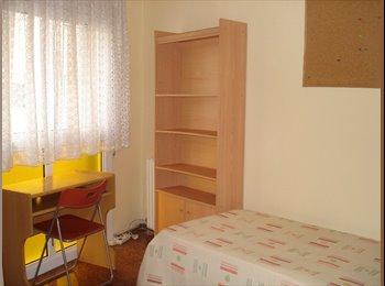 EasyPiso ES - Mes de julio, Sant Andreu - 325 € por mes