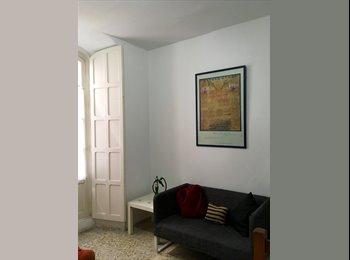 EasyPiso ES - Alquilo habitaciones en el centro para estudiantes o profesores., Sevilla - 250 € por mes