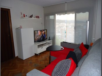 EasyPiso ES - Habitación en piso compartido en  Badalona, libre a partir de JULIO, Badalona - 320 € por mes