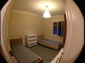 EasyPiso ES - Alquilo habitaciones piso compartido estudiantes, Gràcia - 350 € por mes