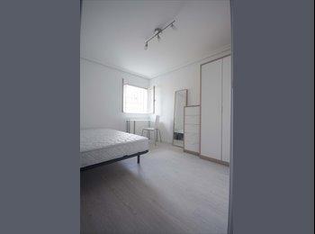 EasyPiso ES - Habitación luminosa en piso a estrenar, Latina - 250 € por mes