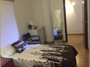 EasyPiso ES - Habitación castelldefeles, Castelldefels - 350 € por mes