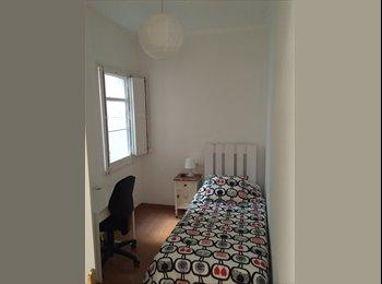 EasyPiso ES - Bonita Habitación céntrica muy bien comunicada, Ciutat Vella - 350 € por mes