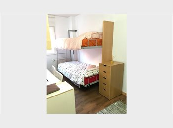 EasyPiso ES - Una habitacion disponible,un baño disponible, Usera - 350 € por mes