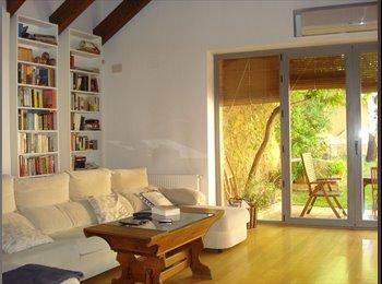EasyPiso ES - Compartimos casa en el centro de Càceres, Cáceres - 350 € por mes