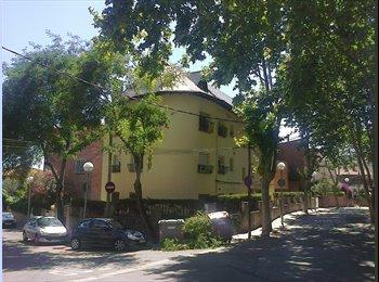 EasyPiso ES - Calidad de Vida, Horta Guinardó - 350 € por mes