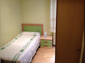 EasyPiso ES - busco una tercera compañera de piso, Moncloa - 850 € por mes
