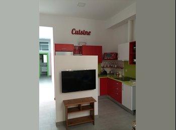 EasyPiso ES - Alquilo habitaciones para estudiantes, Malaga - 350 € por mes