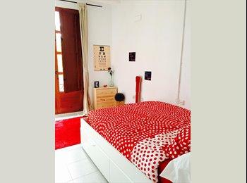 EasyPiso ES - Ubicada en corazón de Raval, cuenta con un baño privado y una hermosa vista hacia la mítica Rambla d, Ciutat Vella - 700 € por mes