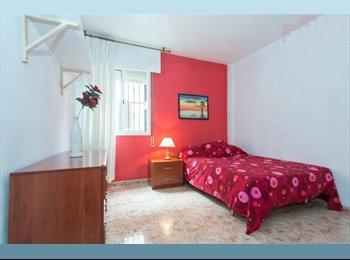 EasyPiso ES - ESTUPENDA HABITACION CENTRO-SANTA CRUZ, Sevilla - 320 € por mes