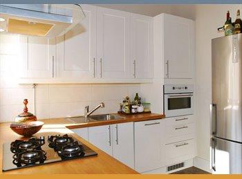 EasyPiso ES - Fully furnished Apartment in Center , Ciutat Vella - 1.800 € por mes