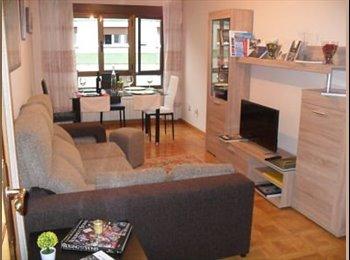EasyPiso ES - Habitaciones en el centro, Oviedo - 250 € por mes